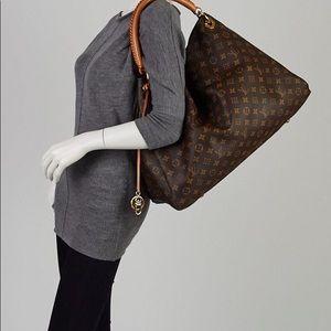Louis Vuitton Bags - Louis Vuitton artsy gm